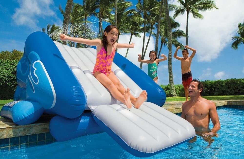 58849 parco giochi gonfiabile galleggiante con scivolo e for Piscine gonfiabili per bambini