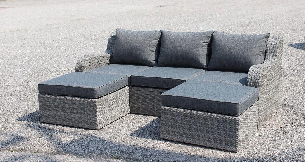Salotto doppio divano con 2 pouf CAORLE in alluminio e wicker grigio ...