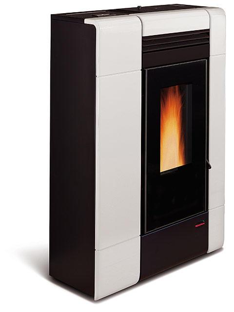 Stufa a pellet ilenia rivestimento in maiolica potenza termica nominale 8 kw 230 m3 riscaldabili - Potenza stufe a pellet ...