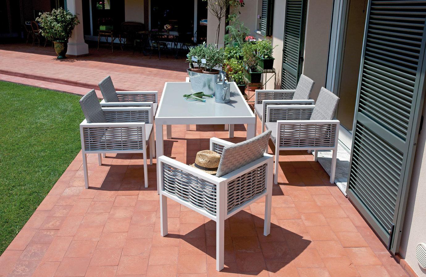 Tavoli Da Giardino Catania.Set Da Esterno Con 6 Sedie Alluminio E Rattan E Tavolo Piano Vetro