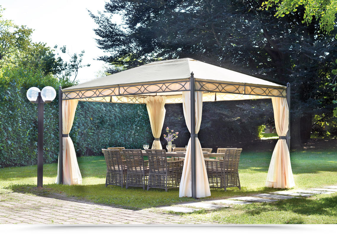 Gazebo 3x4 in ferro da giardino completo di tende laterali e zanzariere progetta il tuo giardino - Pergola giardino ...