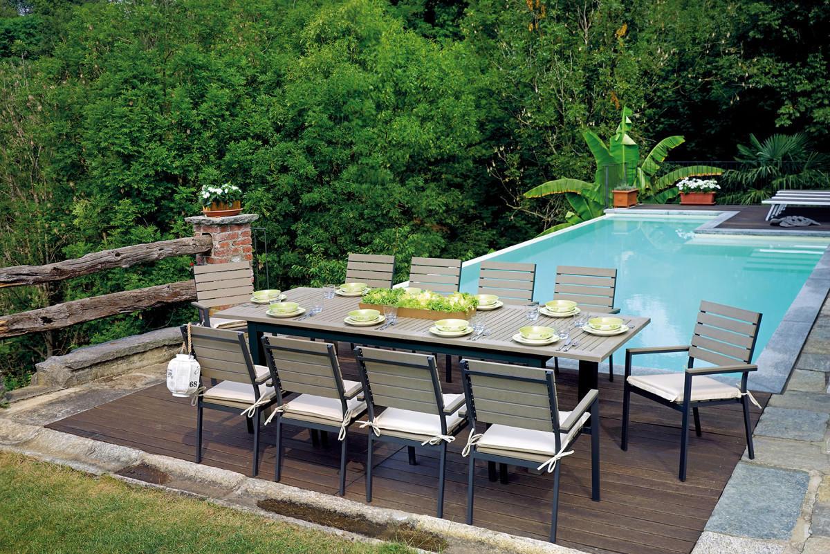 Set da pranzo per giardino in alluminio e resin wood con tavolo