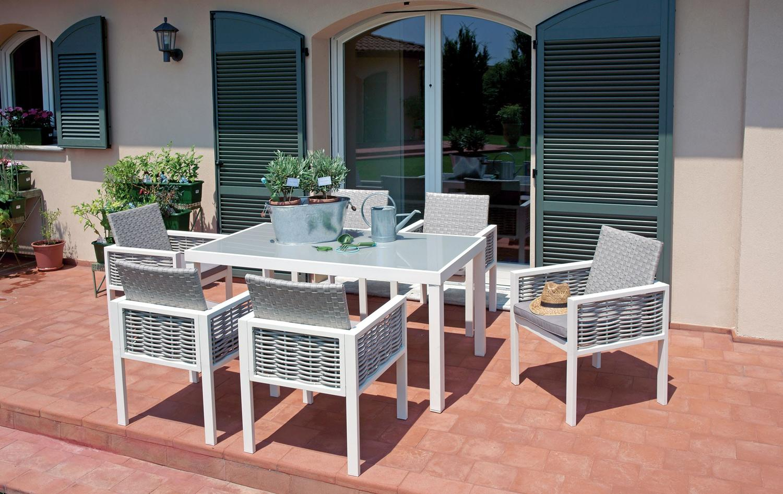 Set da esterno con 6 sedie alluminio e rattan e tavolo for Poltroncine tavolo da pranzo