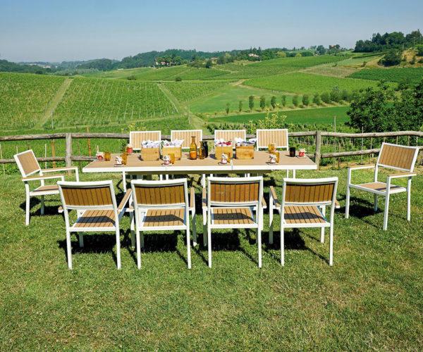 Tavolo Da Giardino In Ferro Allungabile.Tavolo Canazei Allungabile 180 250 96 Cm Piano In Resin Wood Color