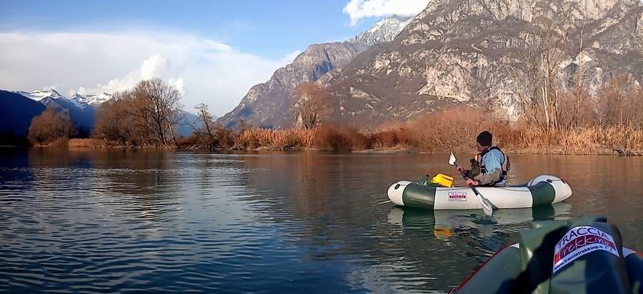 LAGO DI NOVATE MEZZOLA, TOUR GUIDATO IN PACKRAFT