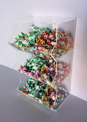 Contenitore porta caramelle sfuse in plexiglass 6 spazi a cubo verticale