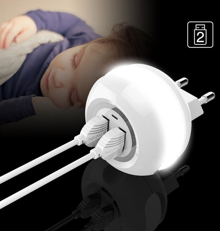 CARICATORE SPINA VELOCE LAMPADA LED TOUCH DA NOTTE 2 USB ANDROID-IOS 2.4A