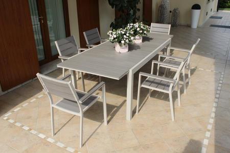 Tavolo da giardino in alluminio PEDAVENA TORTORA 180 / 240 x 100 h 73 piano polywood ruvido grigio colore grigio