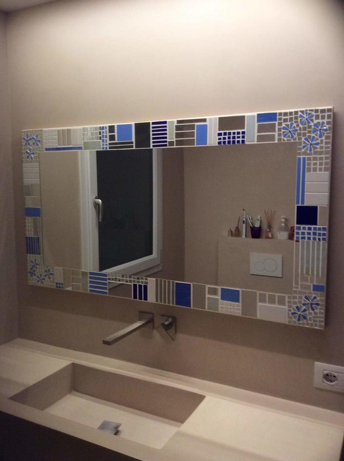 specchio da bagno Fiori Blu