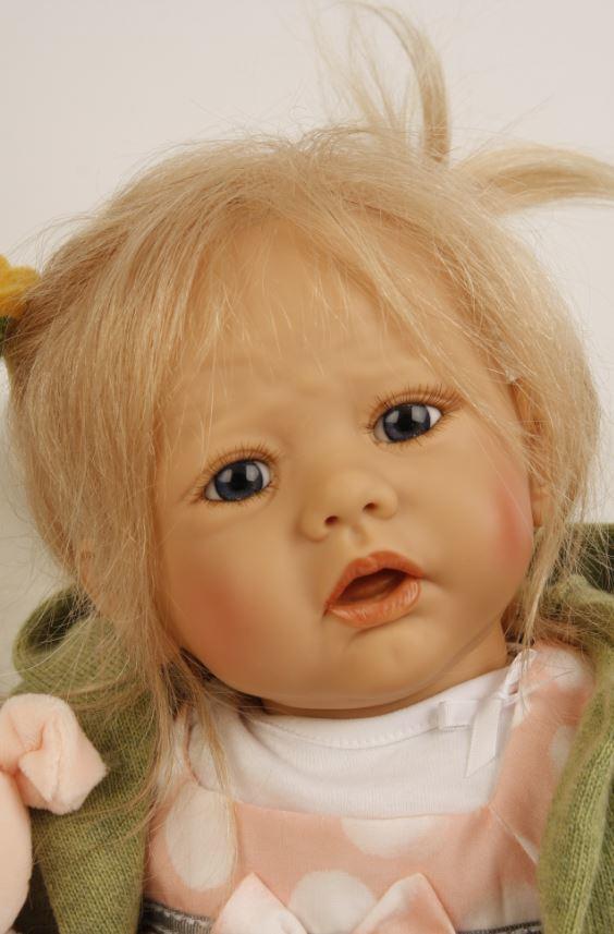 Bambola da Collezione in Vinile Pina Von Karola Alta cm 52 di Schildkrot Qualità Made in Germany
