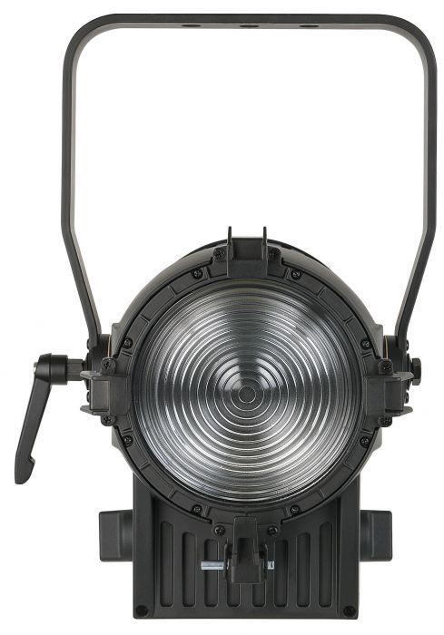 SHOWTEC - PERFORMER 1000 LED MKII - 3200K, 12-70 gradi