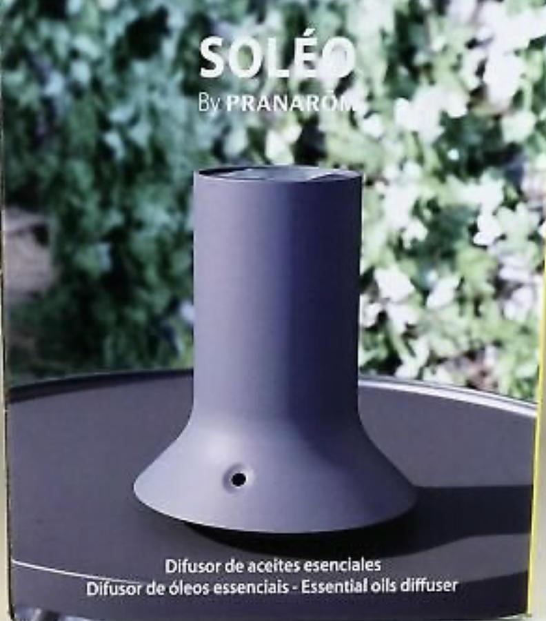 Aromadiffusore con pannelli solari