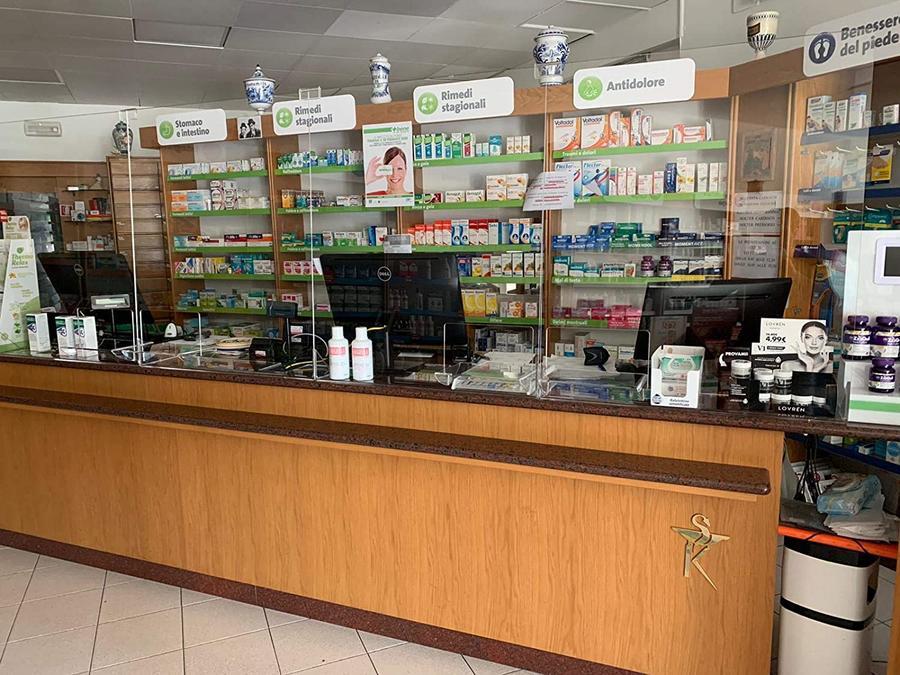 Parafiato pannello protezione a L, DIVERSE MISURE A SCELTA- Vetrina per alimenti, Farmacie, Tabaccherie, Parasputo, Barriera in plex plexiglass Trasparente