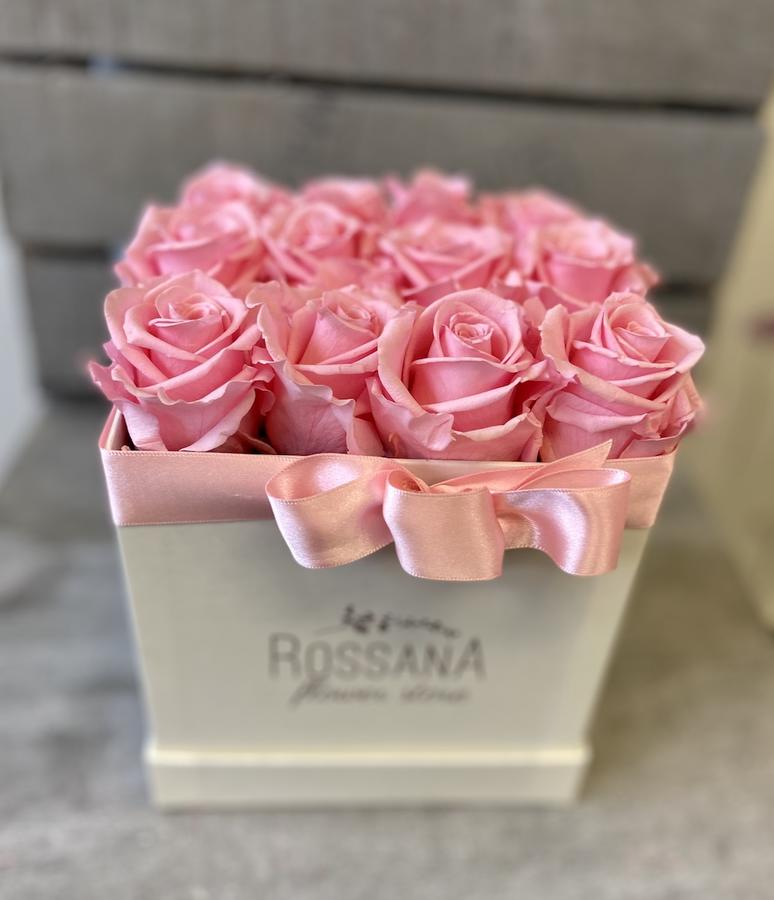 FLOWER BOX Q12 Rossana Collection ROSA