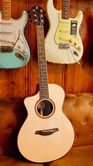 FURCH LIMITED EDITION 2019 GSC-LC-L CUTAWAY LEFT HANDED