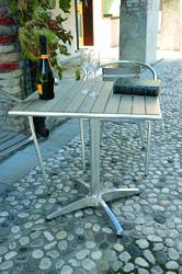 Tavolo Bar professionale quadrato 70 x 70 in alluminio e acciaio 1 gamba in resina wood finto legno TC18