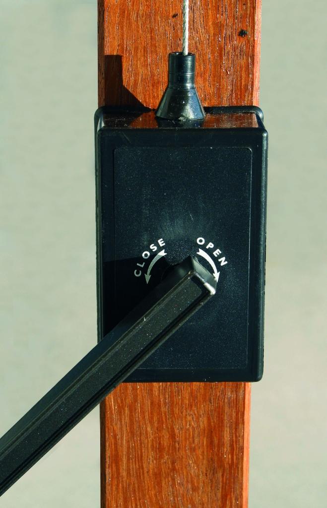 Ombrellone legno professionale 3 x 3 impermeabile Contract