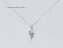 CLD2733 Girocollo con pendente in oro bianco e diamanti Miluna