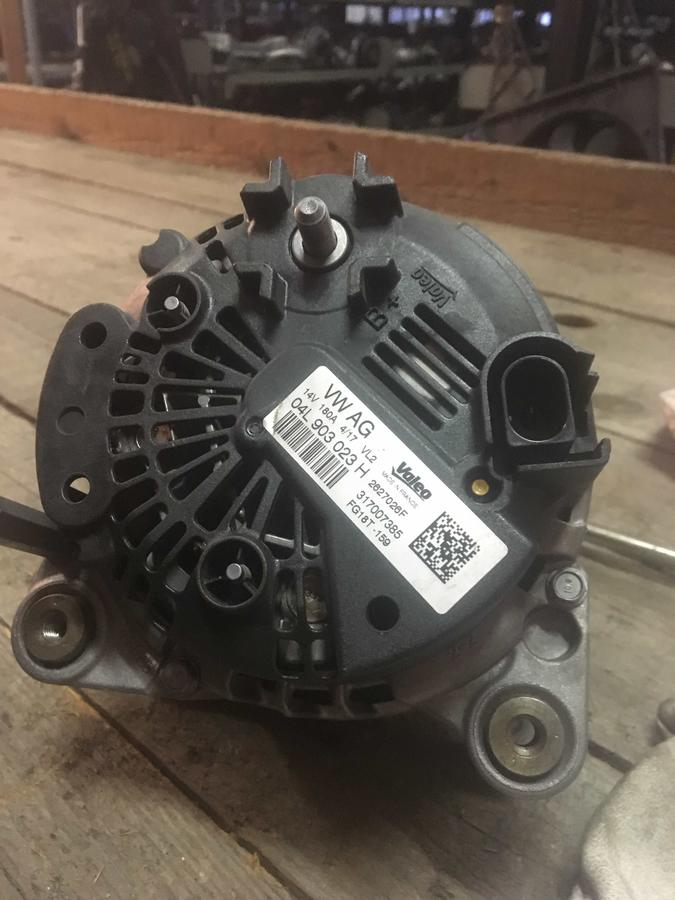 Alternatore Volkswagen, Audi, Seat, Skoda - 04L903023H