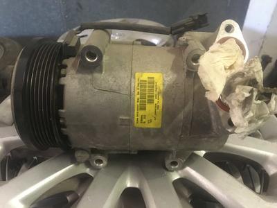 Compressore climatizzatore A/C Ford Focus - 3M5H-19D629-KE