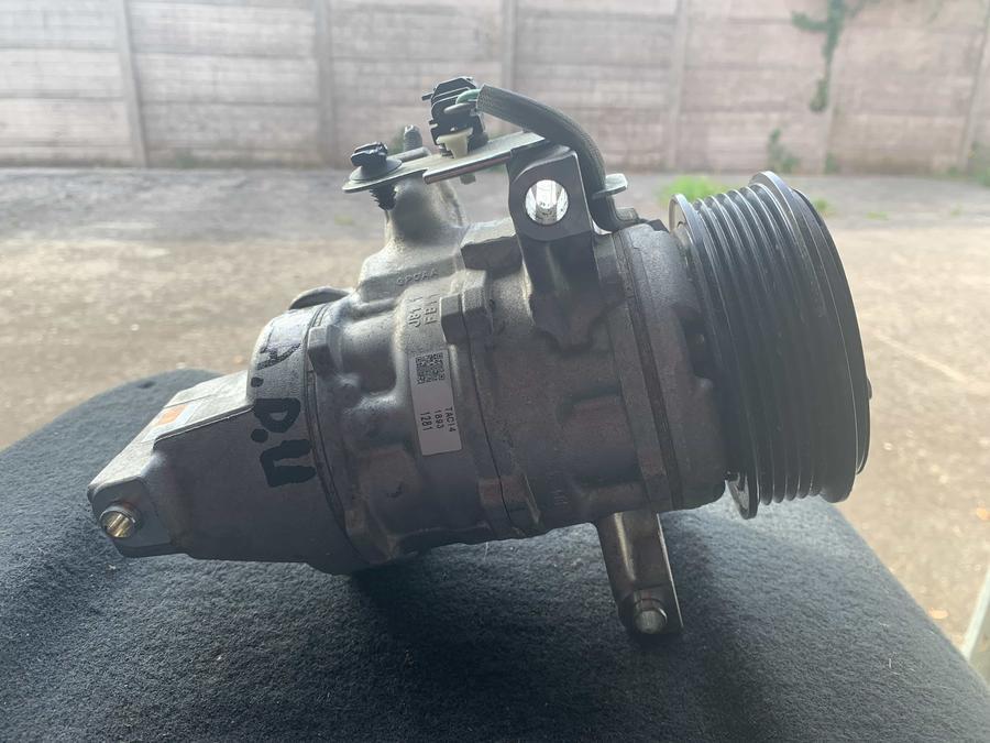 Compressore climatizzatore A/C Ford – H1BH-19D629-CA