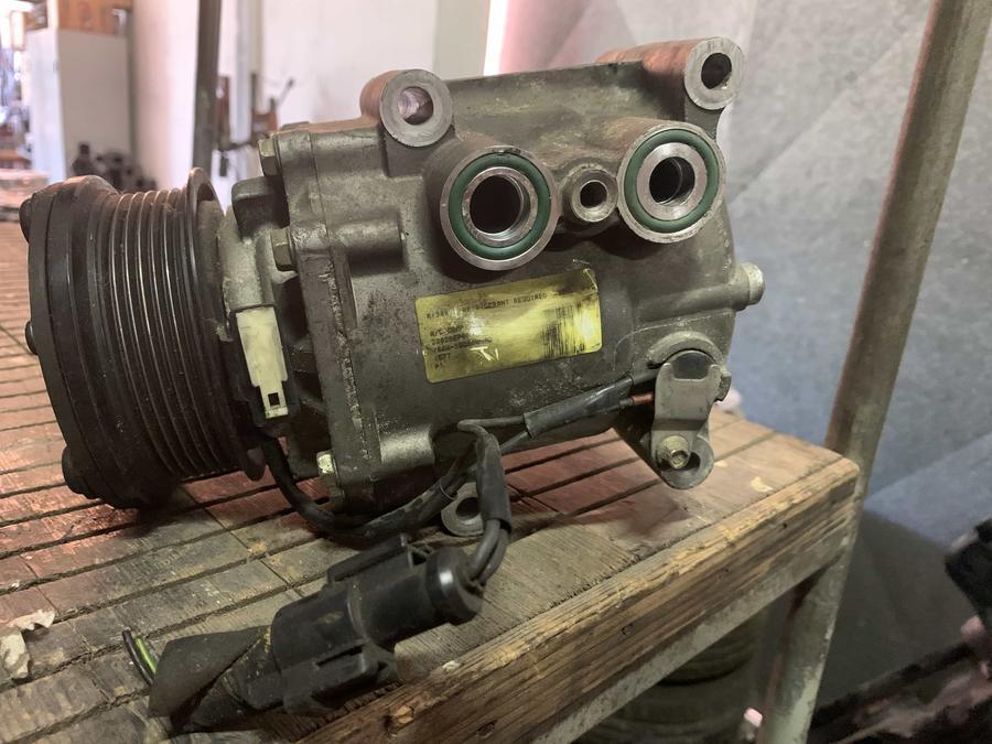Compressore climatizzatore A/C Ford - YS4H19D629AC