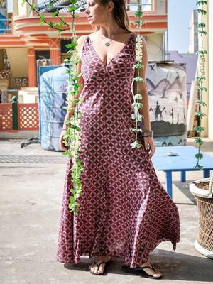 Long woman dress Ashalata - light red blue