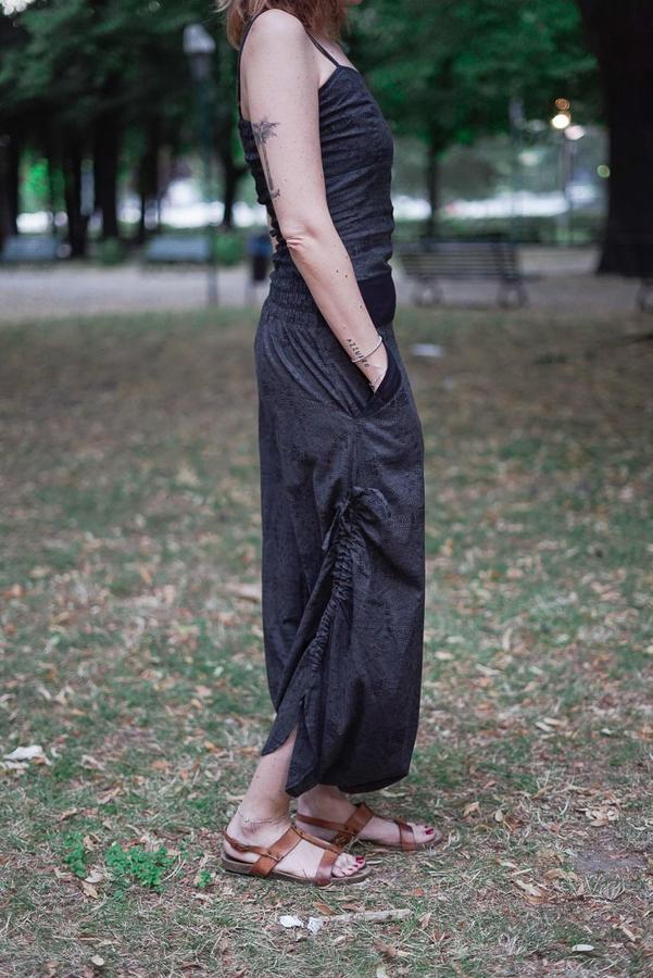 Mono largo de mujer Vaishali caballo bajo – gris oscuro