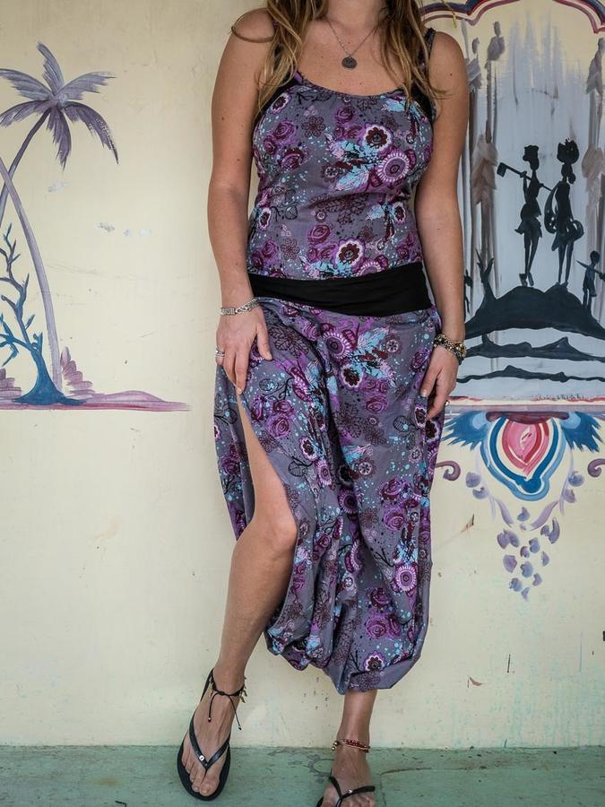 Vestido traje largo de mujer Urvasi - violeta florida