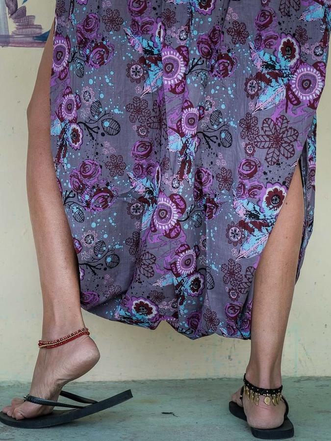 Vestito tuta donna Urvasi cavallo basso e spacco - lilla fiorato