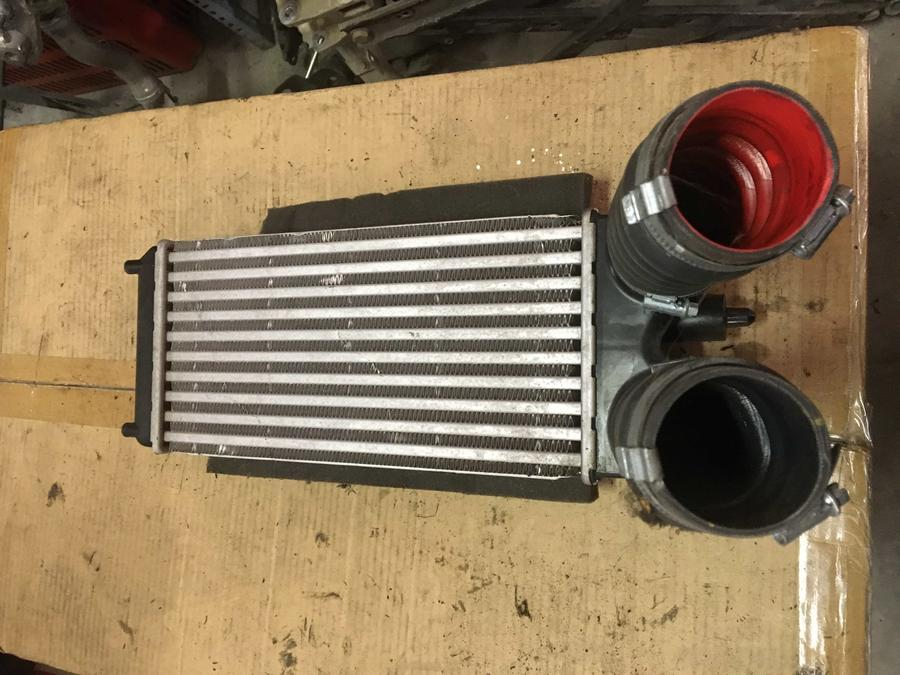 Radiatore Intercooler Ford Fiesta - AV21-9L440-AC