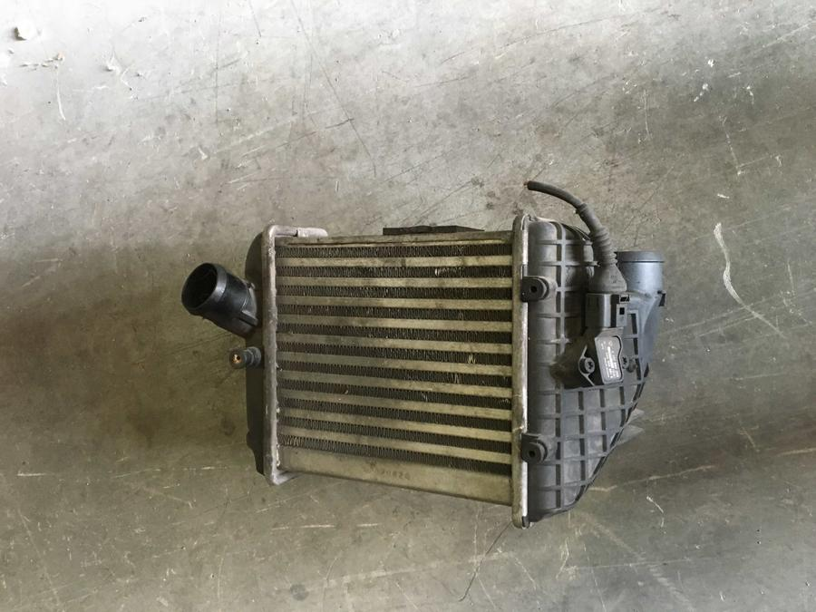 Radiatore Intercooler Audi A4 - 8E0145805E