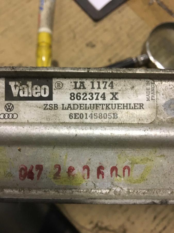 Radiatore Intercooler Volkswagen Polo - 6E0145805B