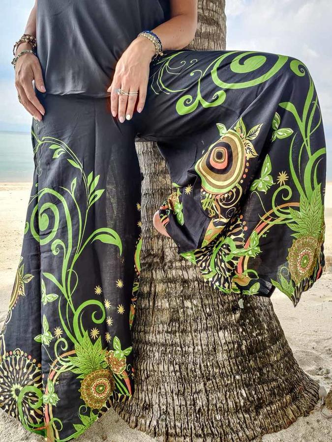 Pantalón acampanados mujer Keertana - mariposas verdes