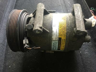 Compressore climatizzatore A/C Renault Megane – 8200316164