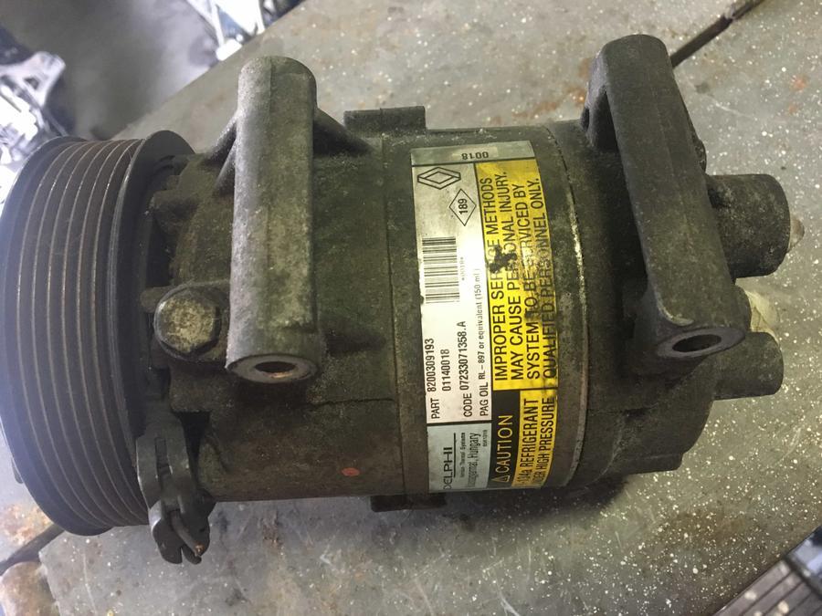 Compressore climatizzatore A/C Renault Scenic - 8200309193
