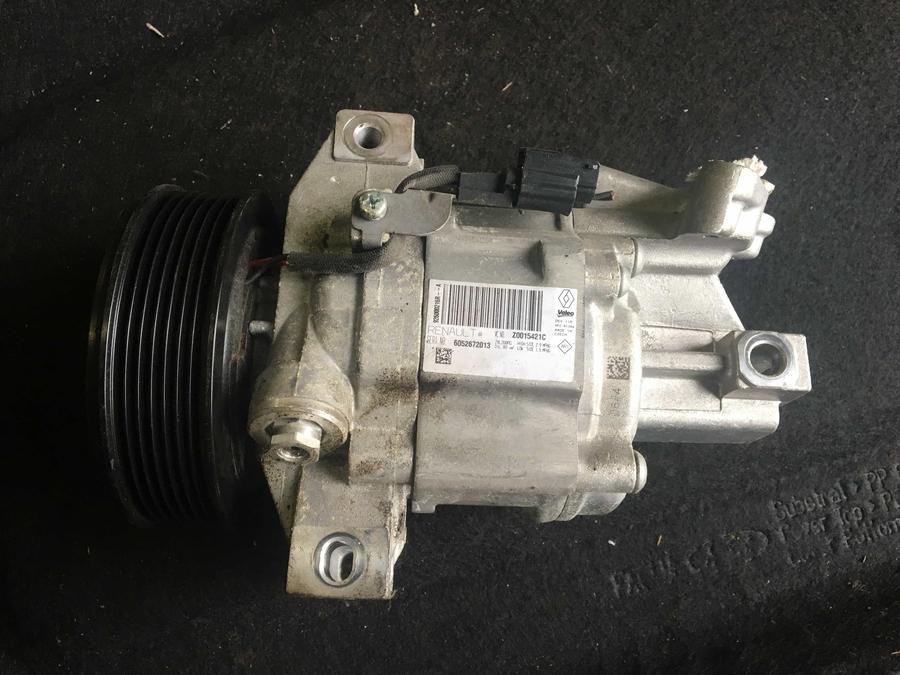 Compressore climatizzatore A/C Dacia - 926000216RA