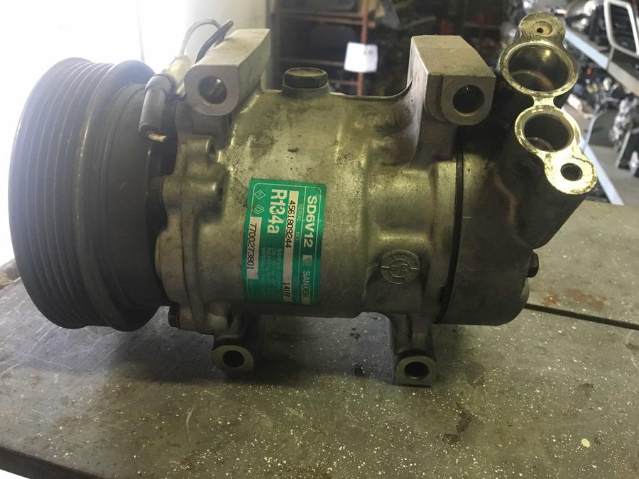 Compressore climatizzatore A/C Renault - 7700273801