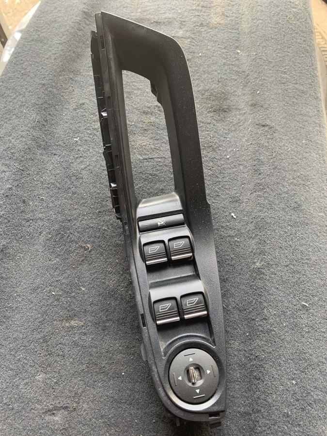 Pulsantiera Alzacristalli Porta Ford Fiesta - AM5T14A232AB