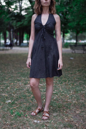 Short dress woman Medha with neck lacing - dark gray