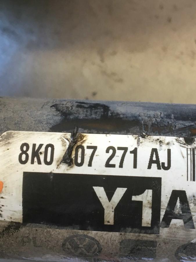 Semiasse Audi A4 - 8K0407271AJ