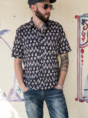 Budhil man shirt short sleeve - black & white