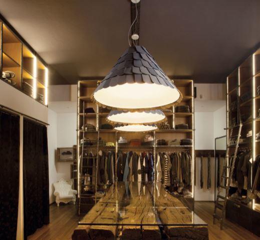 Lampada a Sospensione Alta Roofer di Fabbian in Polipropilene e Metallo - Offerta di Mondo Luce 24