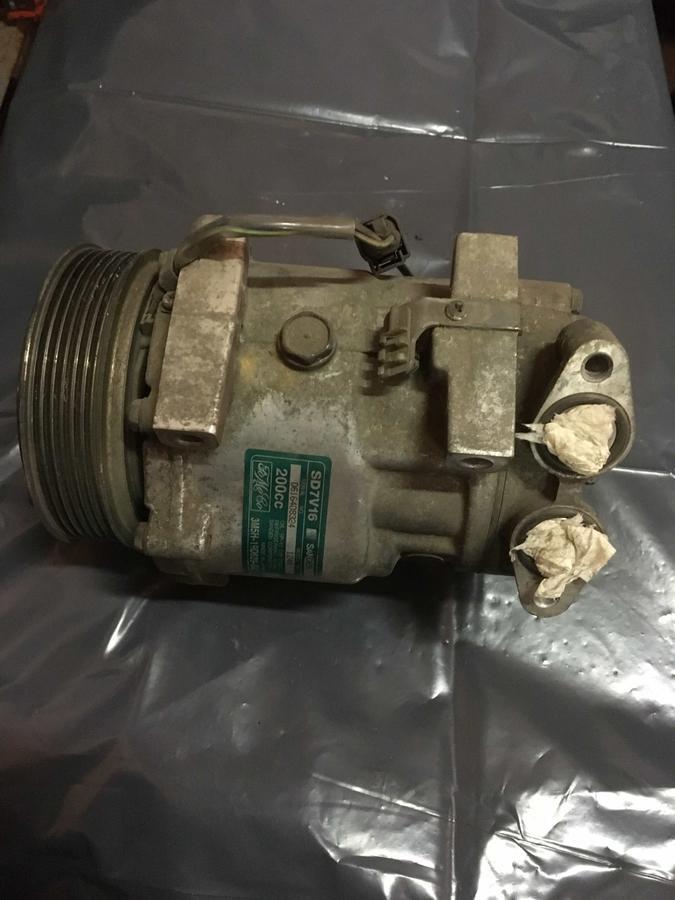 Compressore climatizzatore A/C Ford - 3M5H-19D629-GC