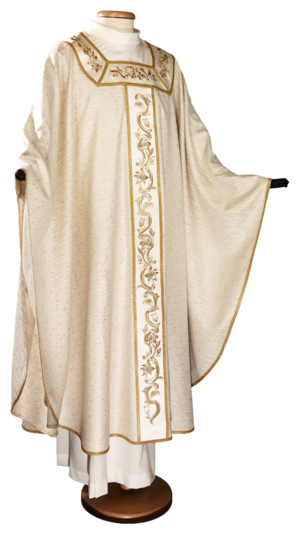 Marian chasuble with gold embroideries