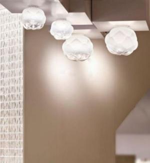 Lampada da Soffitto/Parete Cloudy di Fabbian con Diffusore in Vetro Soffiato Bianco Sfumato e Strutture Metalliche in Alluminio Pressofuso - Offerta di Mondo Luce 24