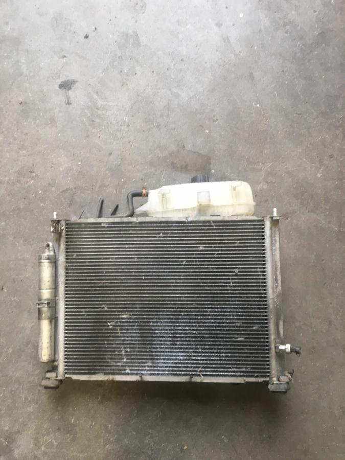 Pacco Radiatori Completo Renault Clio  8200748439 -1832064000 - 8200688390