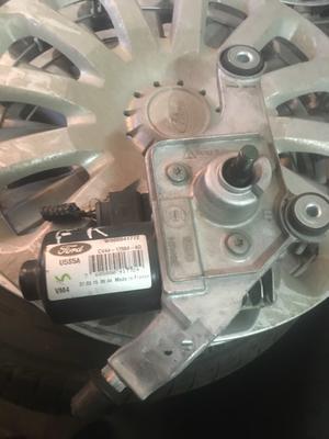 Motorino Tergicristallo Ford Kuga - CV4417504AD