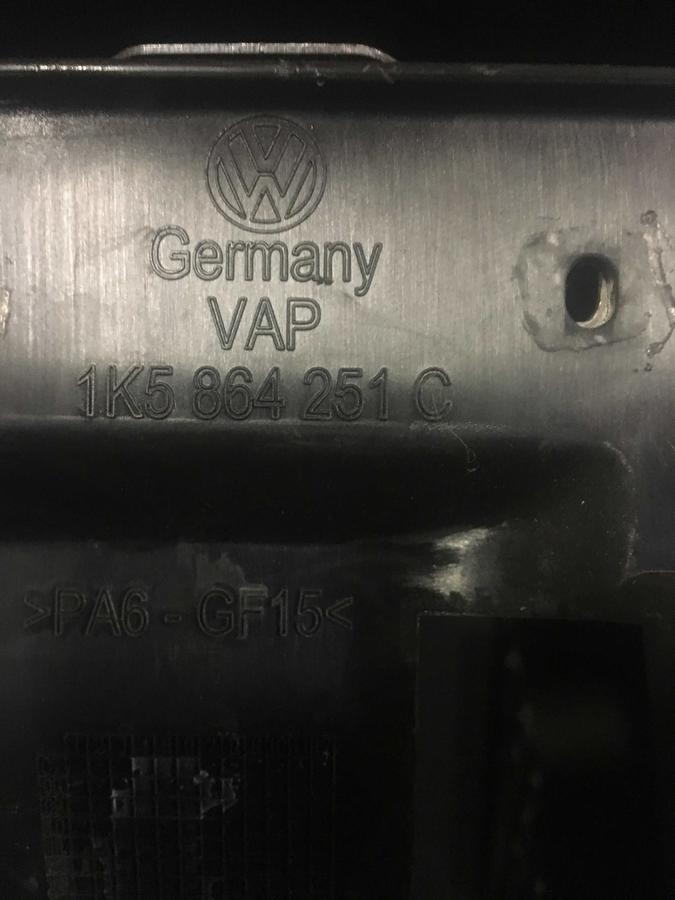 Tunnel Centrale con Bracciolo Volkswagen Golf 6 Nero in Stoffa- 1K5864251C