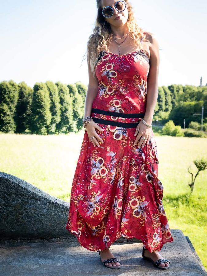 Long women dress Nandita with bag skirt - flowered red